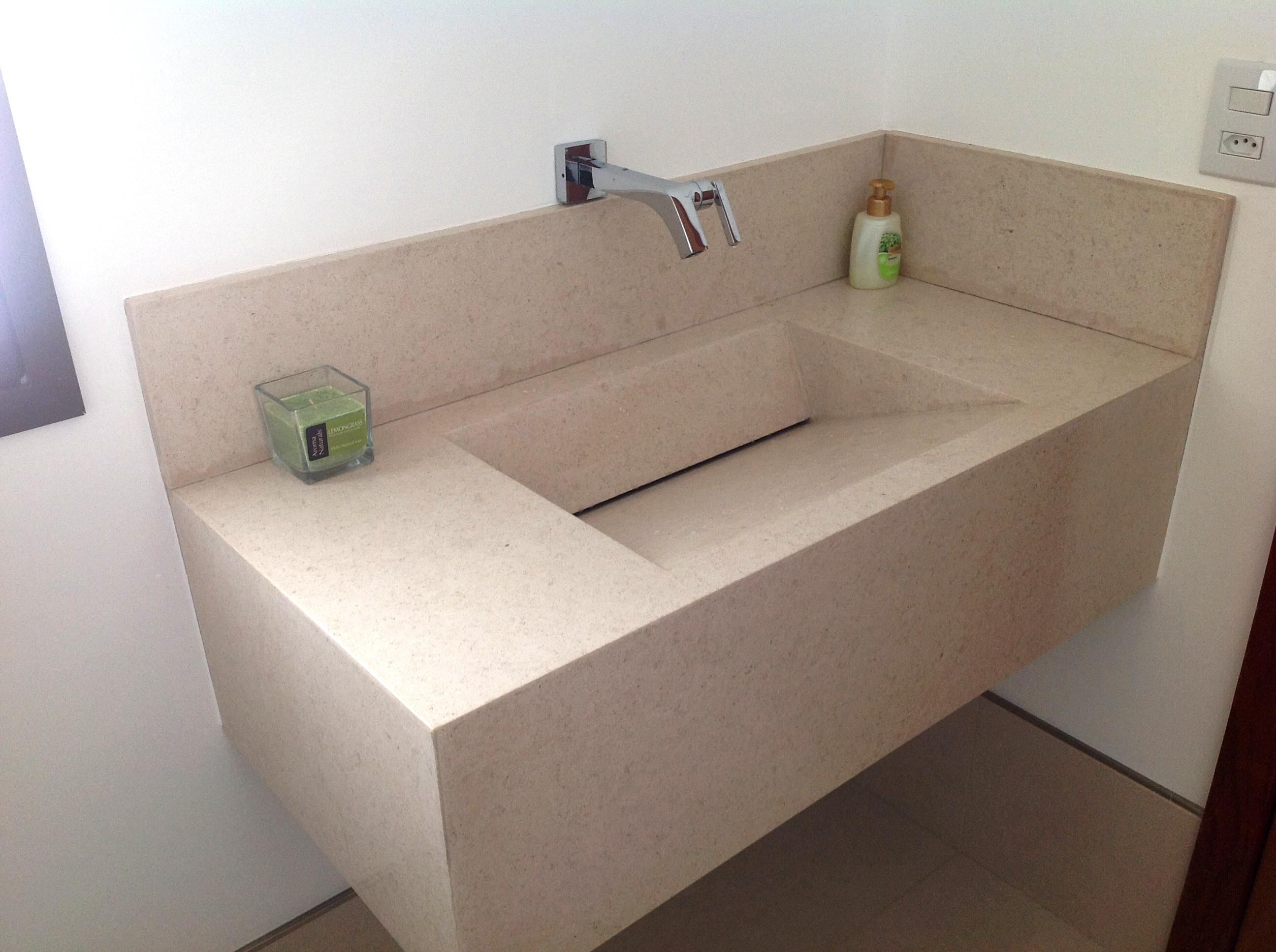 Veja mais ambientes semelhantes #3C2C24 2592x1936 Bancada Banheiro Crema Marfil